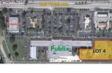 Vacant InLine parcel in Pubix Anchored Shopping Center in Venice, Fl